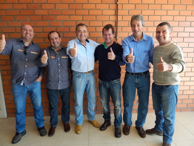 Dealer Plantiagro performed lecture with the Champion in soy productivity