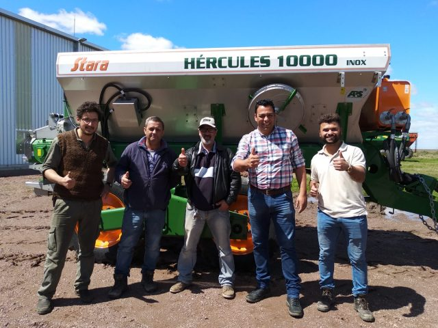 Dealer Nacresol delivers a Hércules 10000 in Uruguay