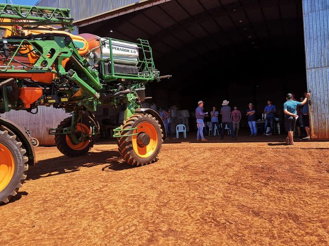 Orotec Dealer conducts demonstration in Paraguay