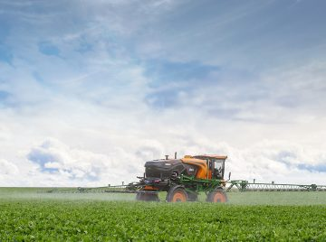 Can you keep the drop uniformity with different application speeds? Meet the Twin Row Spray System